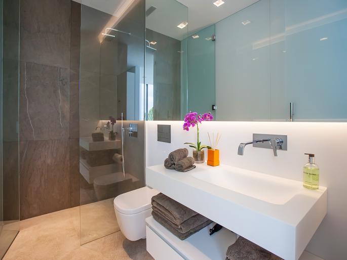 Beautiful bathrooms ann zulehner for Beautiful bathrooms 2015